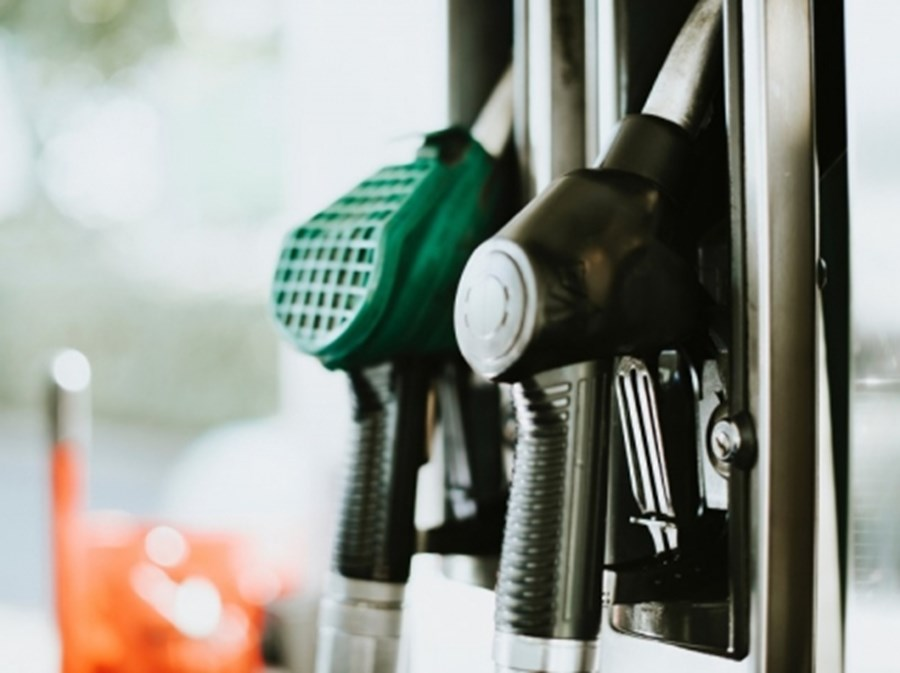 IS PREMIUM FUEL WORTH THE EXTRA EXPENSE?