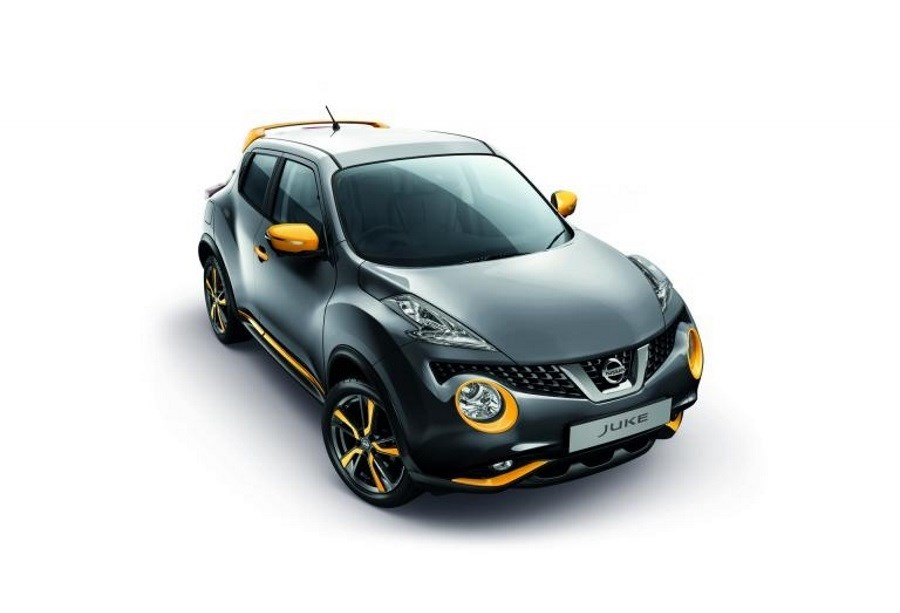 NISSAN JUKE SIDE SILLS (COLOURED)