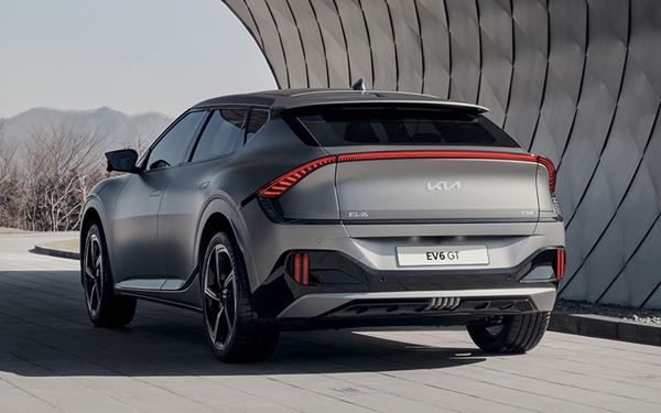 The fully electric Kia EV6. A new generation