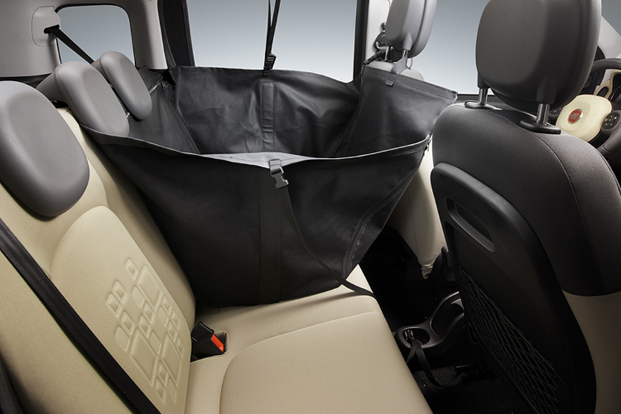 REAR SEATS PROTECTION